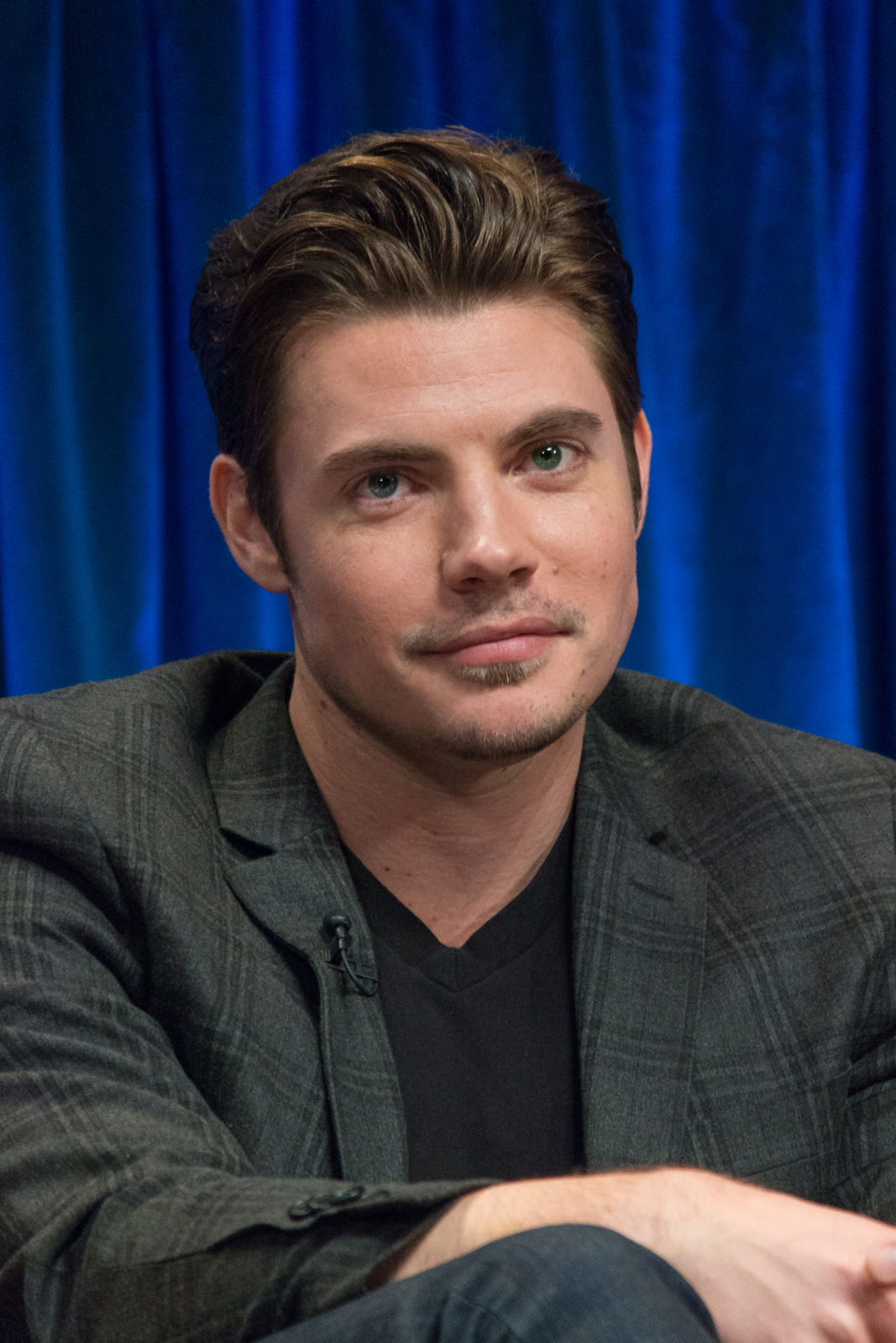 Photo of Josh Henderson: American actor, model and singer