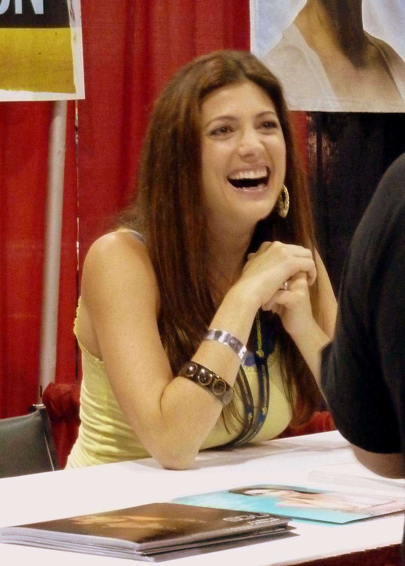 Photo of Julia Benson: Canadian actress