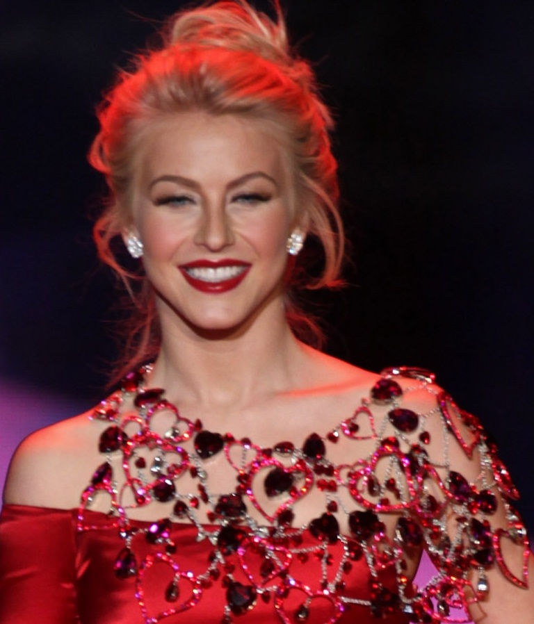 Photo of Julianne Hough: Professional dancer, singer and actress