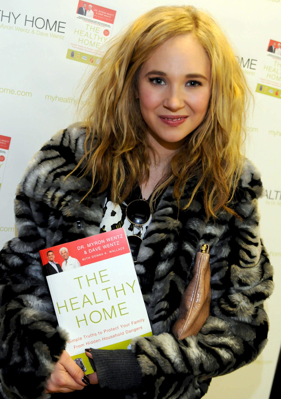 Photo of Juno Temple: English actress