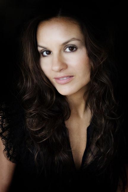 Photo of Kara DioGuardi: American musician