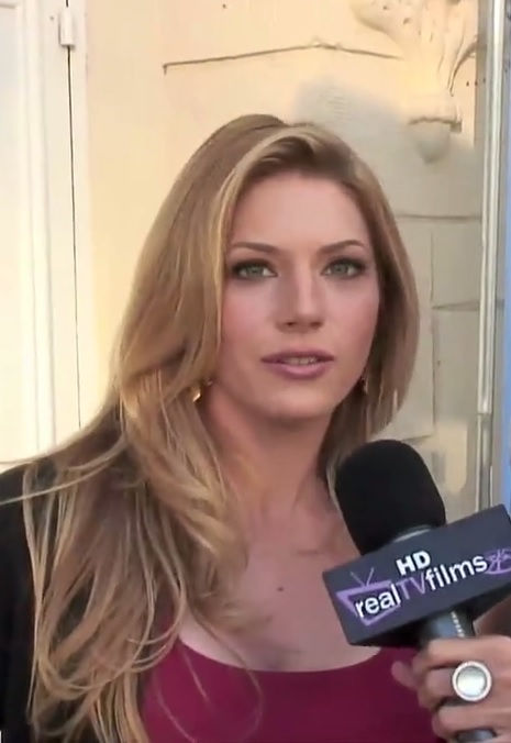 Photo of Katheryn Winnick: Canadian film and television actress