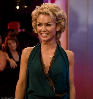 Photo of Kelly Carlson: American actress