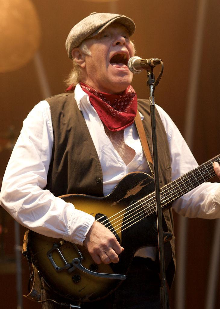Photo of Kim Larsen: Danish musician