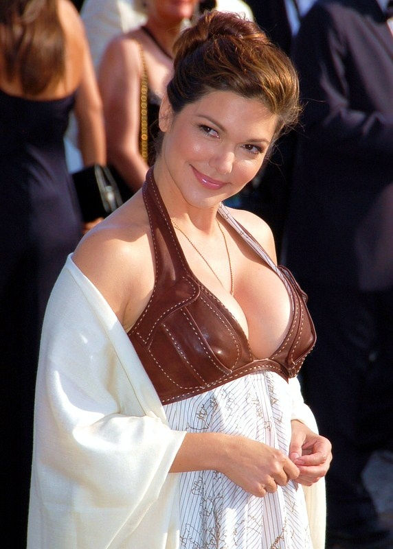 Photo of Laura Harring: Actor, Miss USA 1985