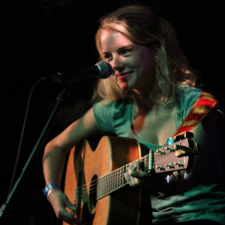Photo of Laura Slade Wiggins: American actress and musician