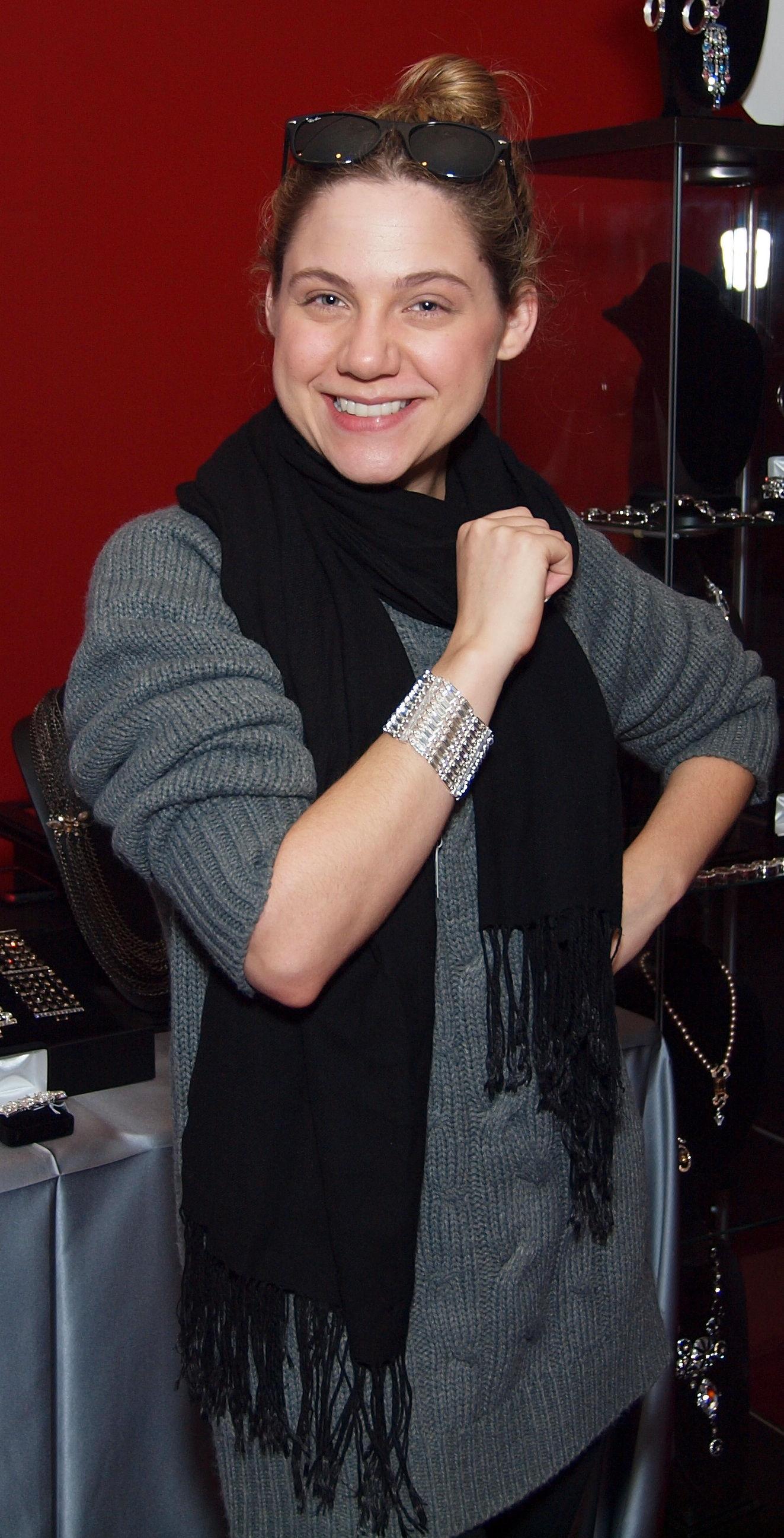 Photo of Lauren Collins: Actress