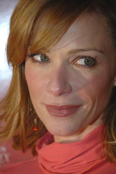 Photo of Lauren Holly: American actress