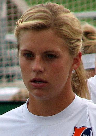 Photo of Lauren Sesselmann: Association footballer