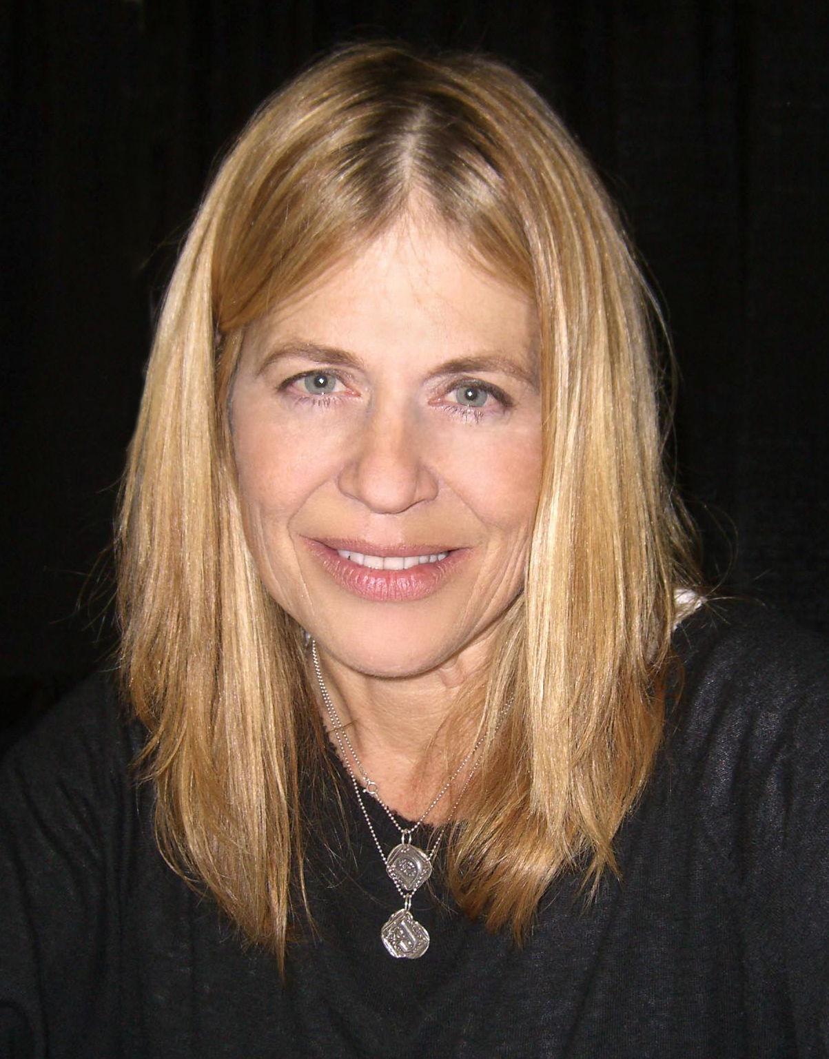 Photo of Linda Hamilton: American actress