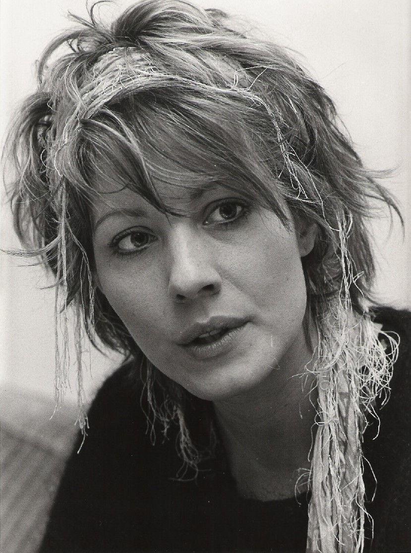 Photo of Linda Kozlowski: American actress