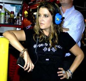 Photo of Lisa Marie Presley: Singer song-writer from the United States