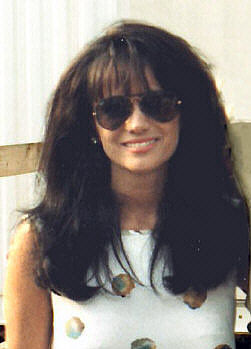 Photo of Louise Mandrell: American musician
