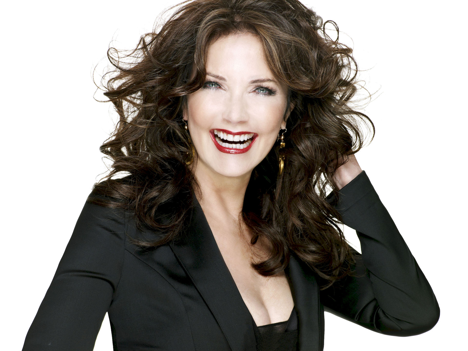 Photo of Lynda Carter: American actress, singer, songwriter and beauty pageant titleholder