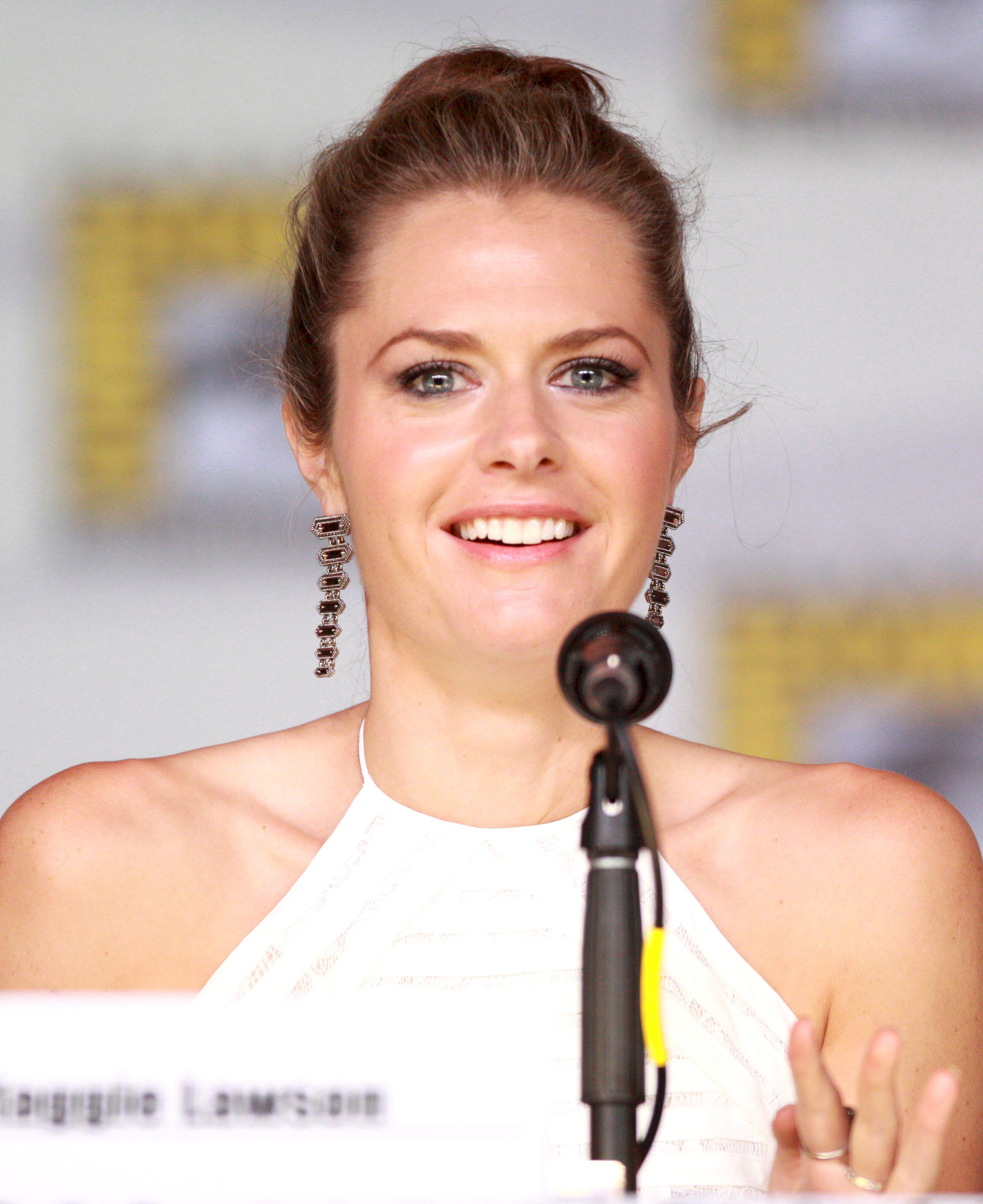 Photo of Maggie Lawson: American actress