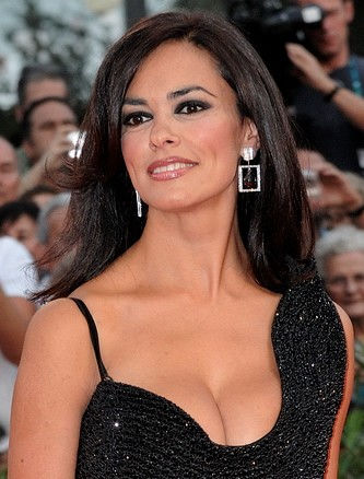 Photo of Maria Grazia Cucinotta: Italian actress.