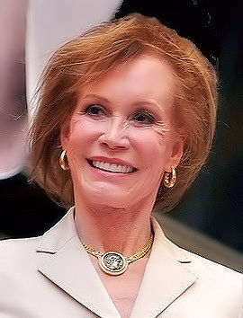 Photo of Mary Tyler Moore: American actress, television producer