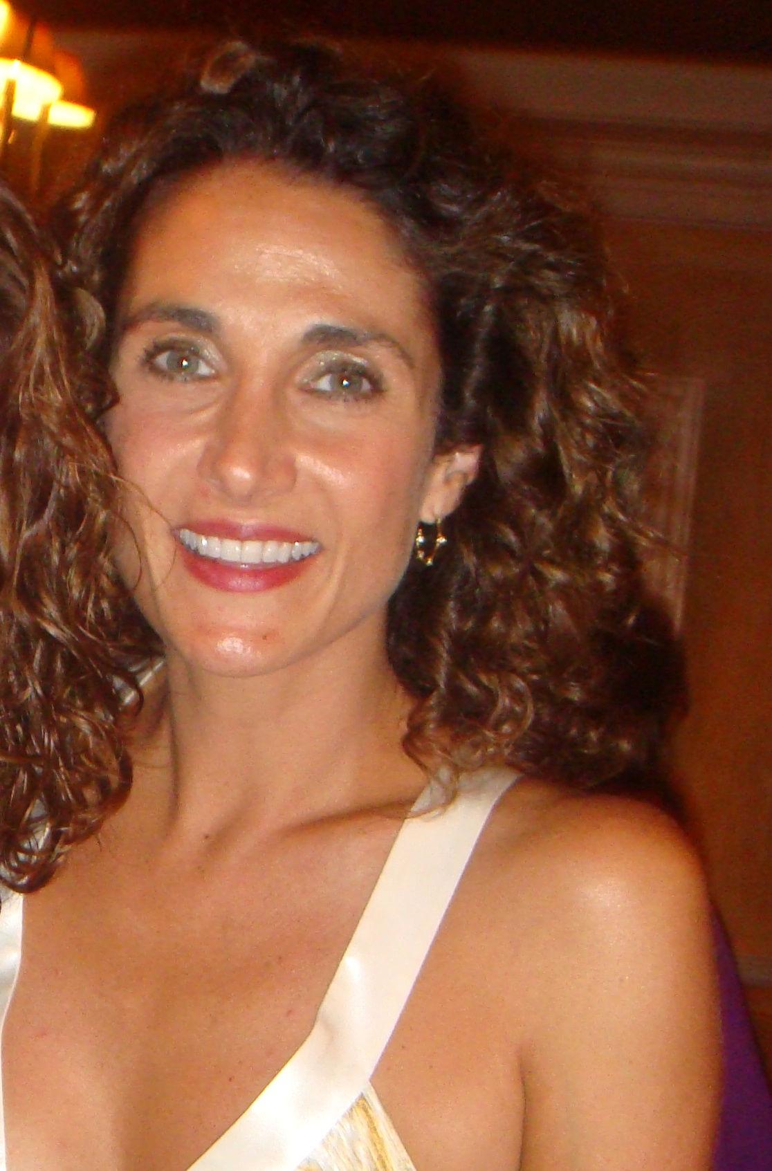 Photo of Melina Kanakaredes: Actress