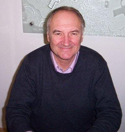 Photo of Michael Keating (actor): British actor