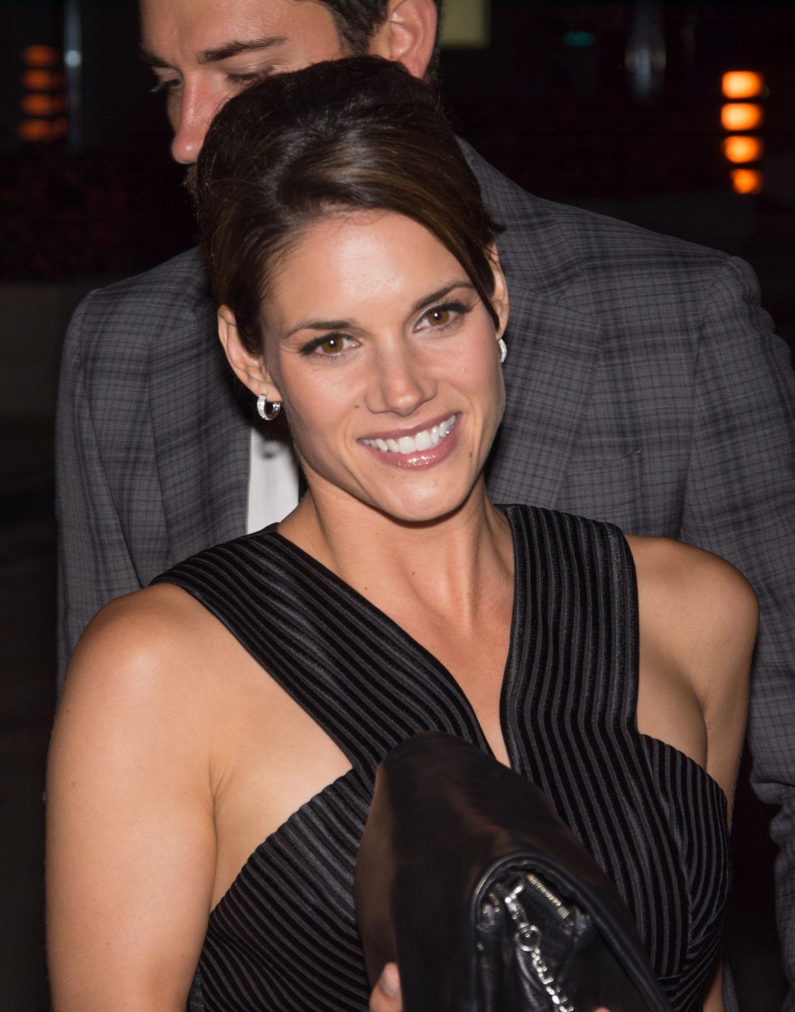 Photo of Missy Peregrym: Canadian actress