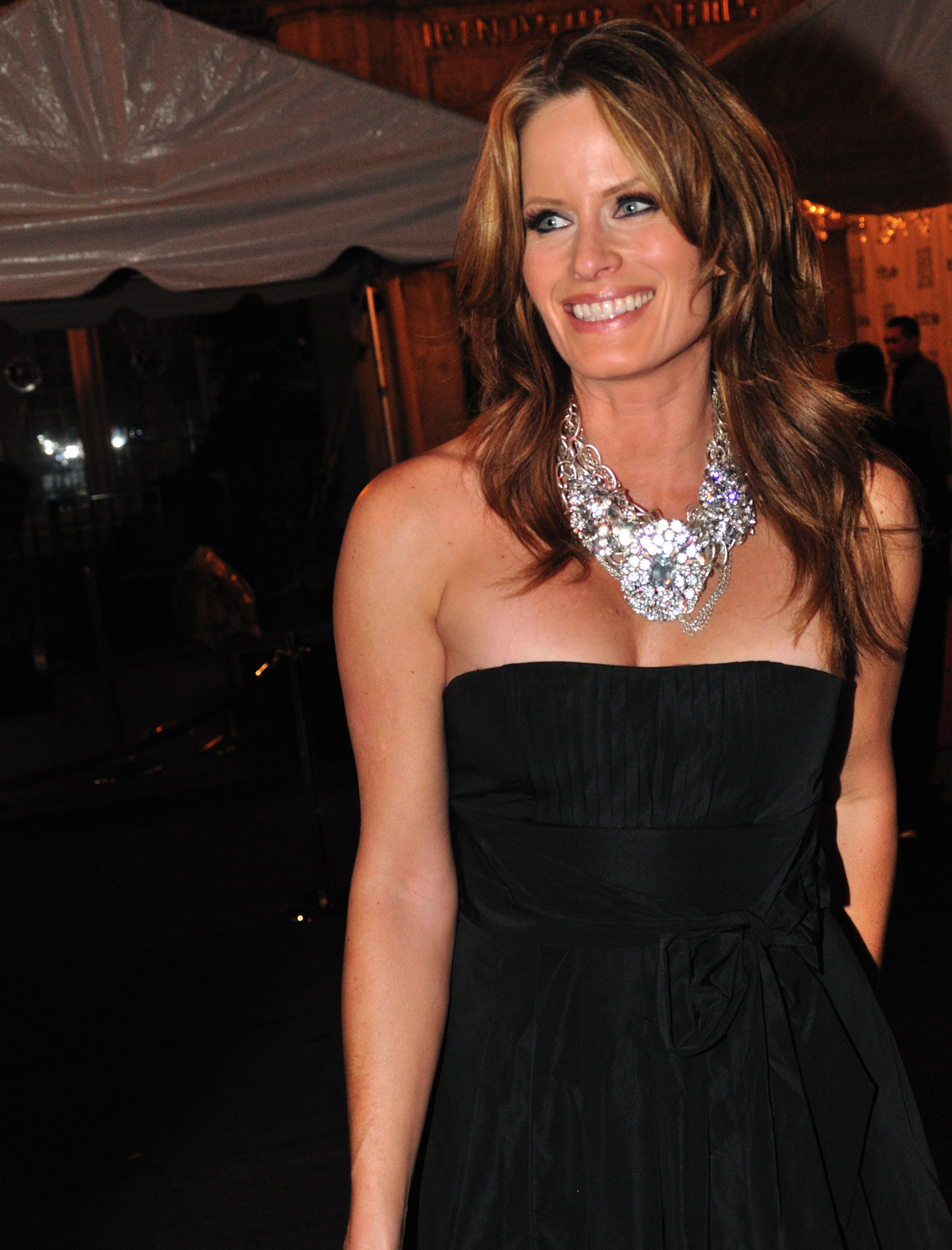 Photo of Monika Schnarre: Canadian actor and model