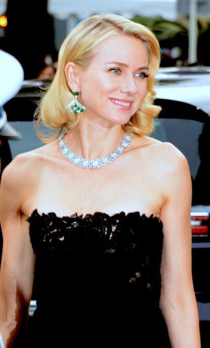 Photo of Naomi Watts: English actress and film producer