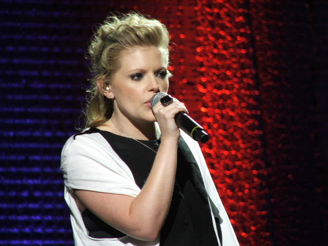 Photo of Natalie Maines: Lead singer for Dixie Chicks
