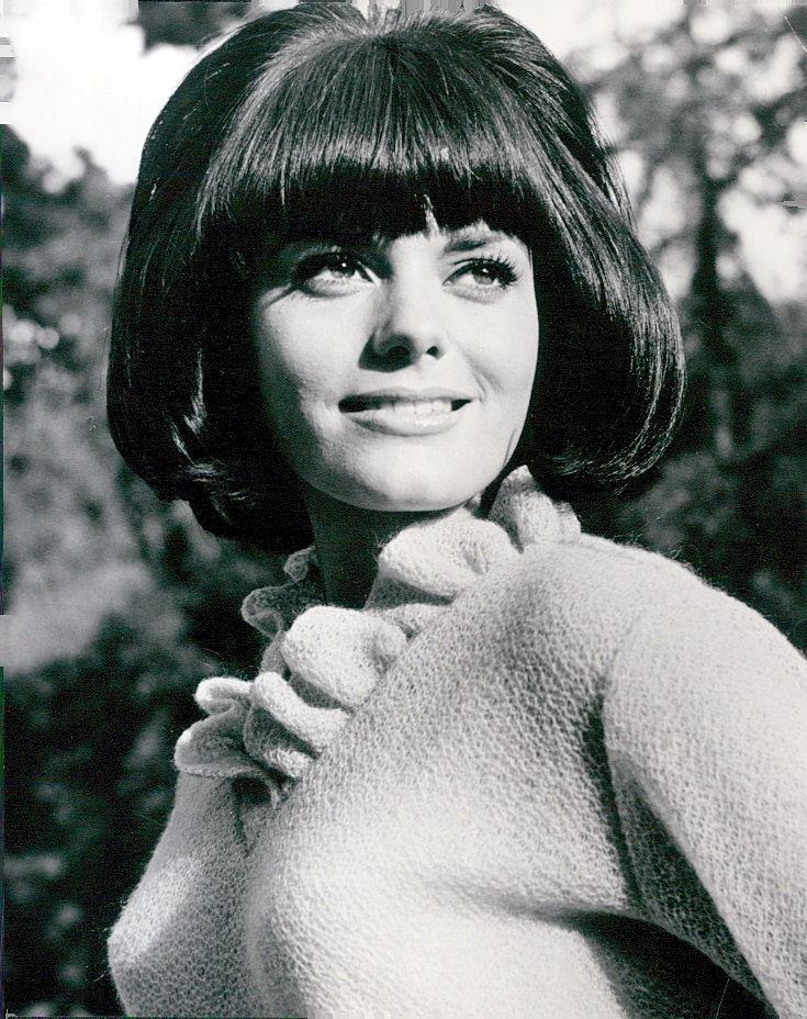 Photo of Nina Wayne: American actress