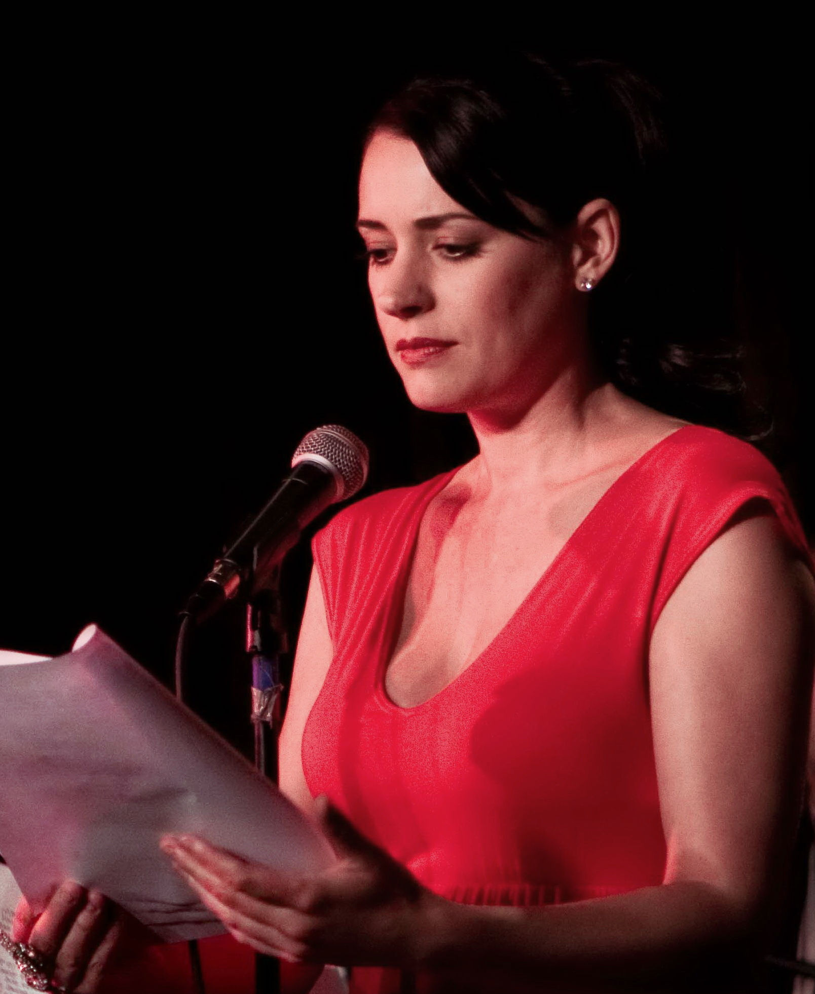 Photo of Paget Brewster: American actress