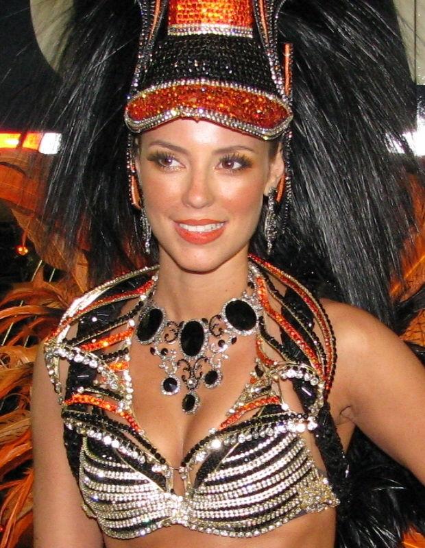 Photo of Paolla Oliveira: Brazilian actress