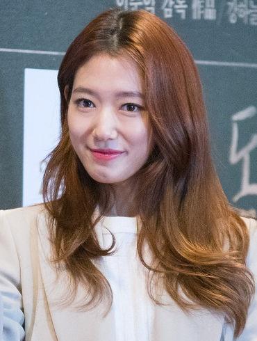 Photo of Park Shin-hye: South Korean actress