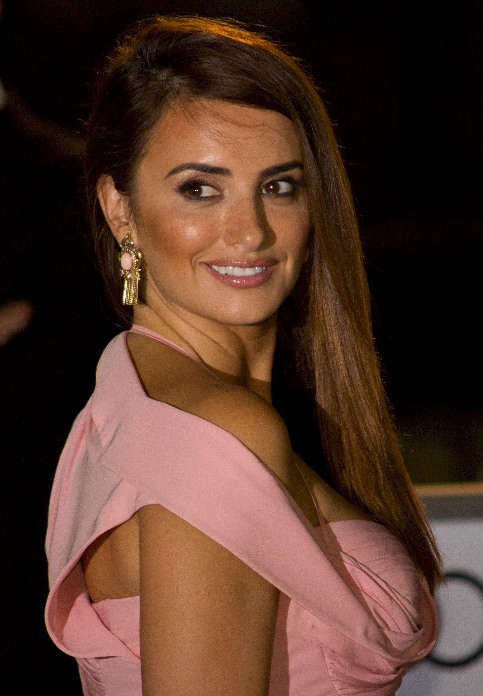 Photo of Penélope Cruz: Spanish actress