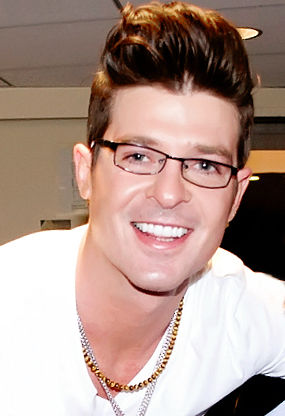 Photo of Robin Thicke: American musician