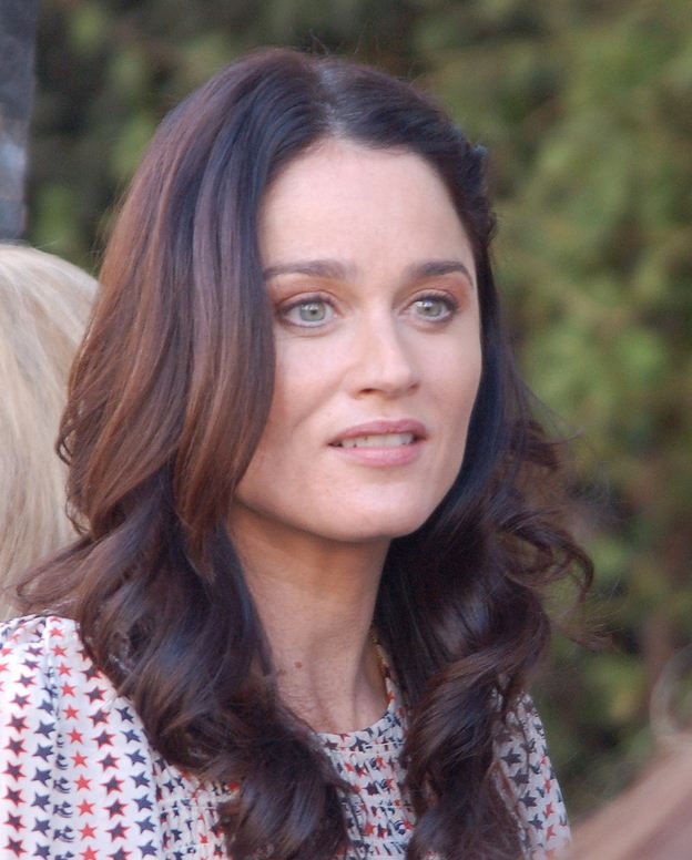Photo of Robin Tunney: American actress