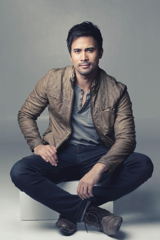 Photo of Sam Milby: Filipino actor