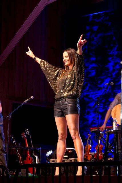 Photo of Sara Evans: American country singer and songwriter
