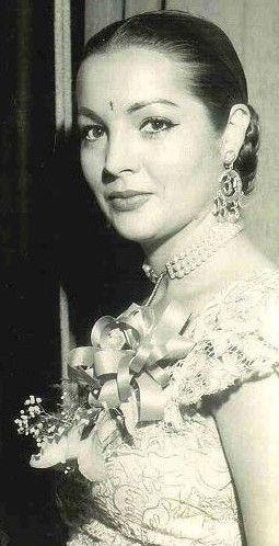 Photo of Sara Montiel: Actress, singer