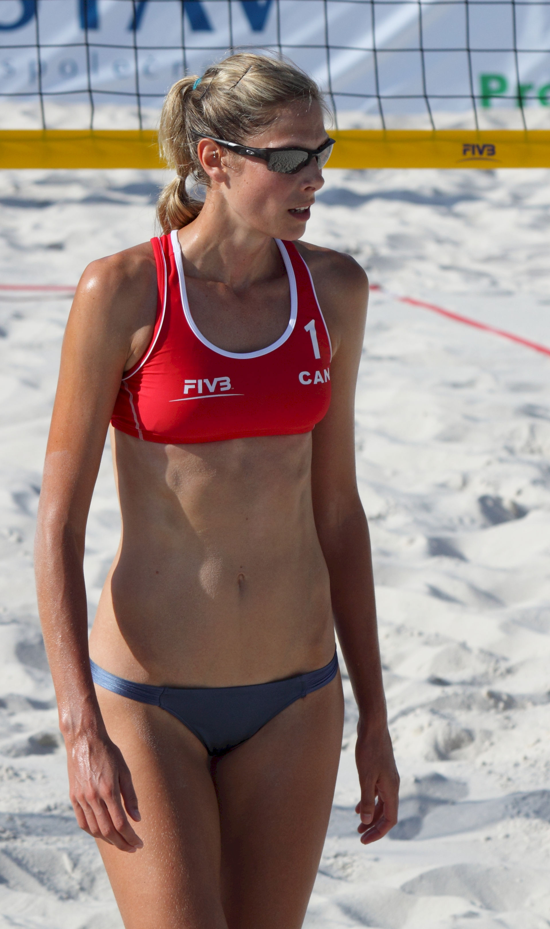 Photo of Sarah Pavan: Canadian volleyball and beach volleyball player
