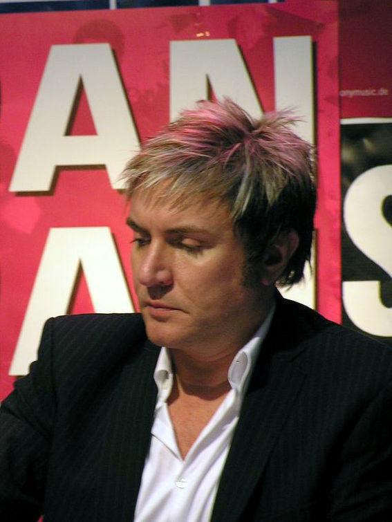 Photo of Simon Le Bon: British musician