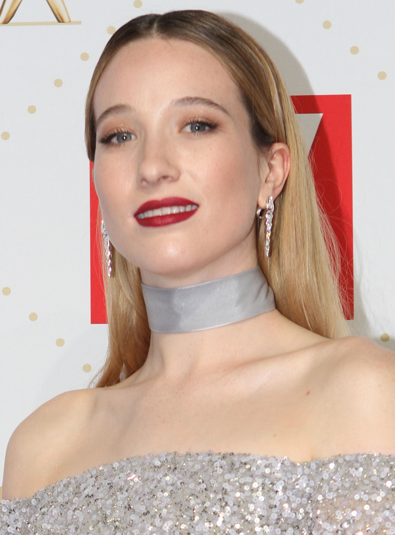 Photo of Sophie Lowe: English-born Australian actress and singer-songwriter