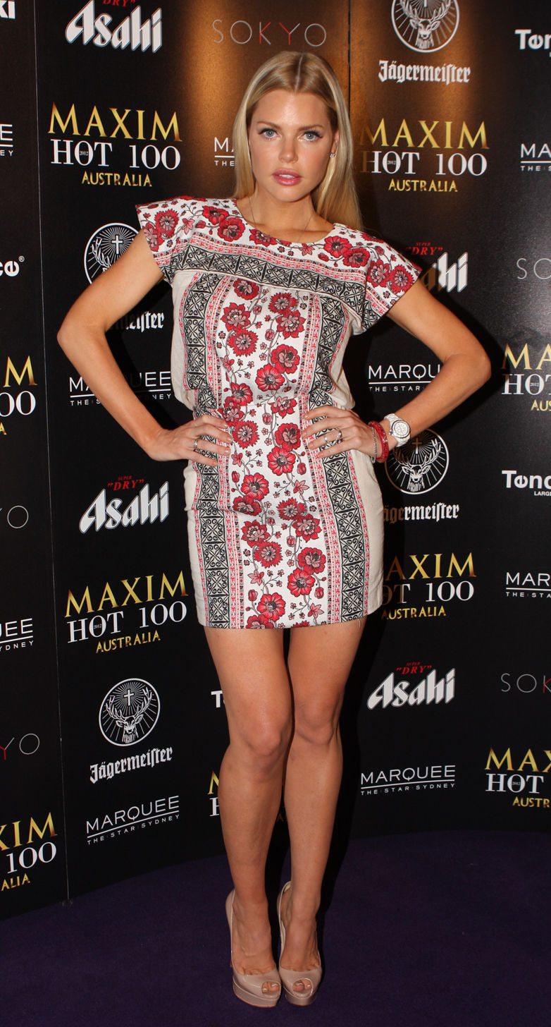 Photo of Sophie Monk: Australian actor and singer