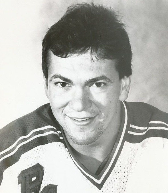 Photo of Steve Richmond: American ice hockey player