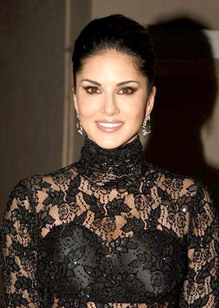Photo of Sunny Leone: American Canadian actress, businesswoman, model and former pornographic actress