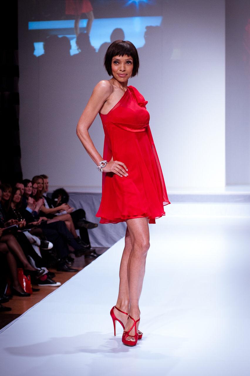 Photo of Tamara Taylor: Canadian television actress