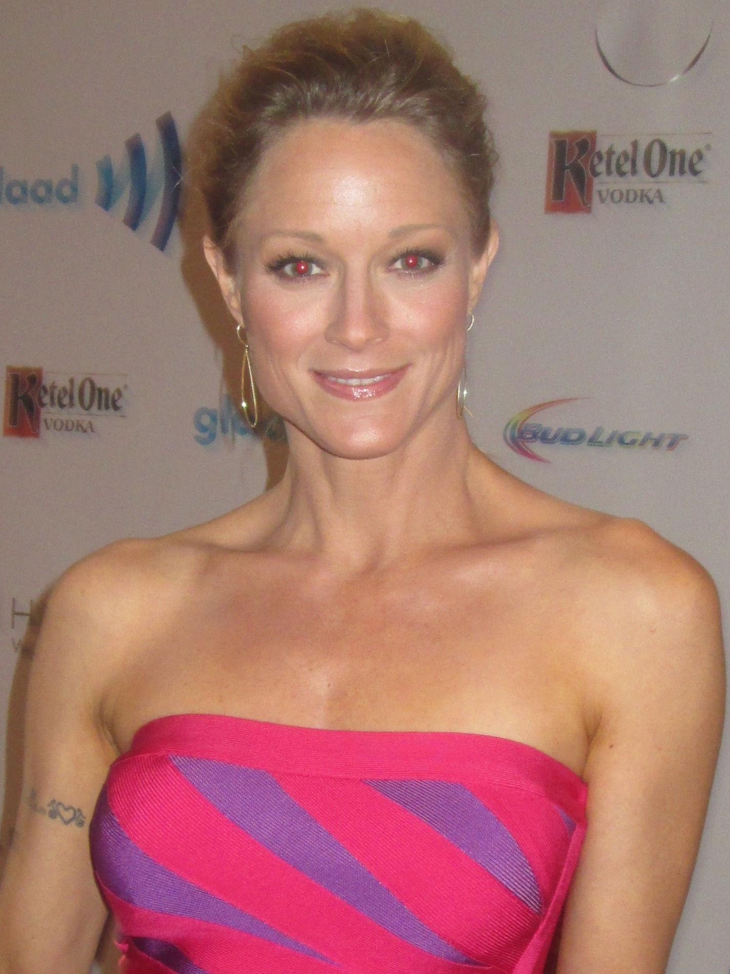 Photo of Teri Polo: American actress