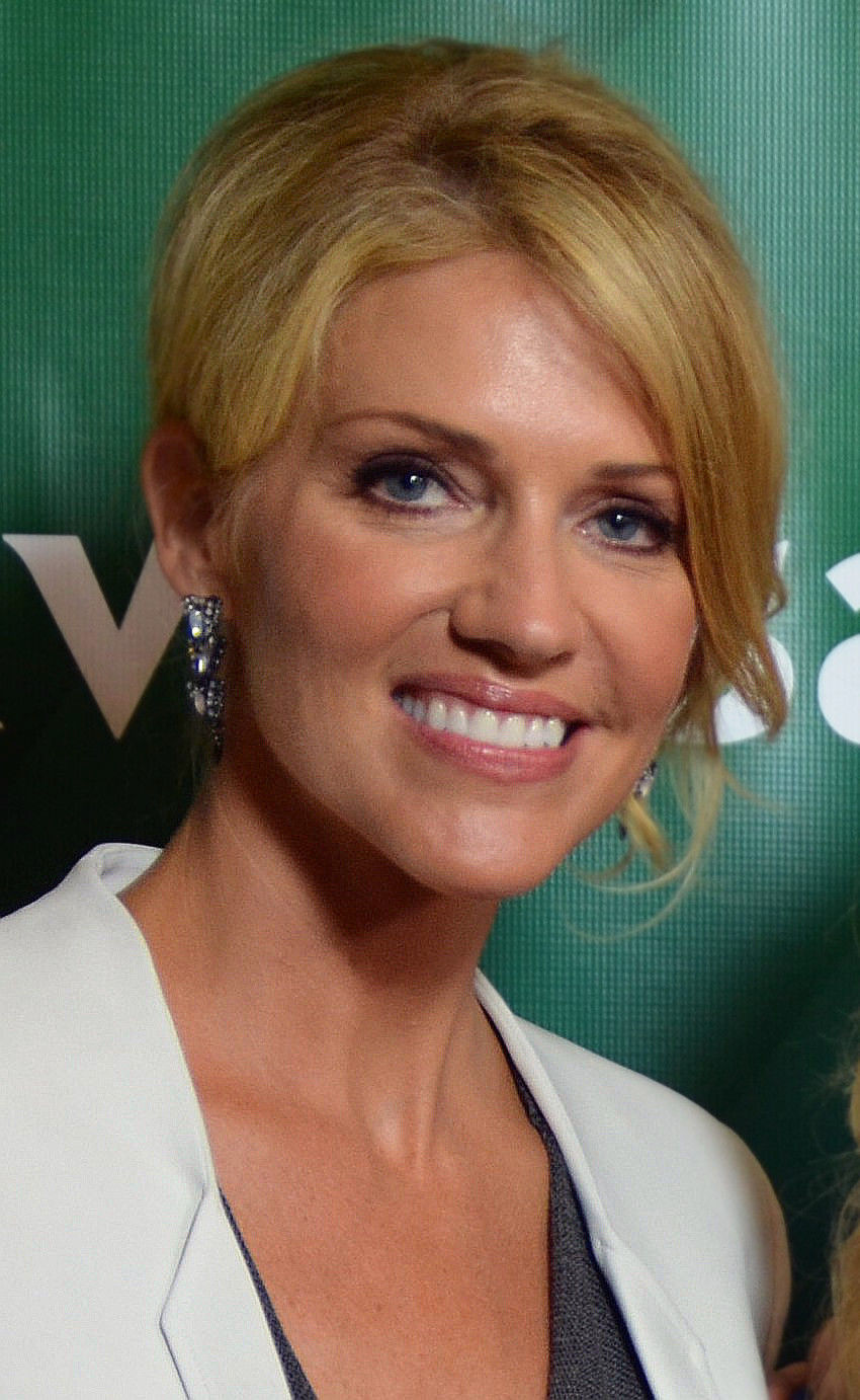 Photo of Tricia Helfer: Canadian actress and model