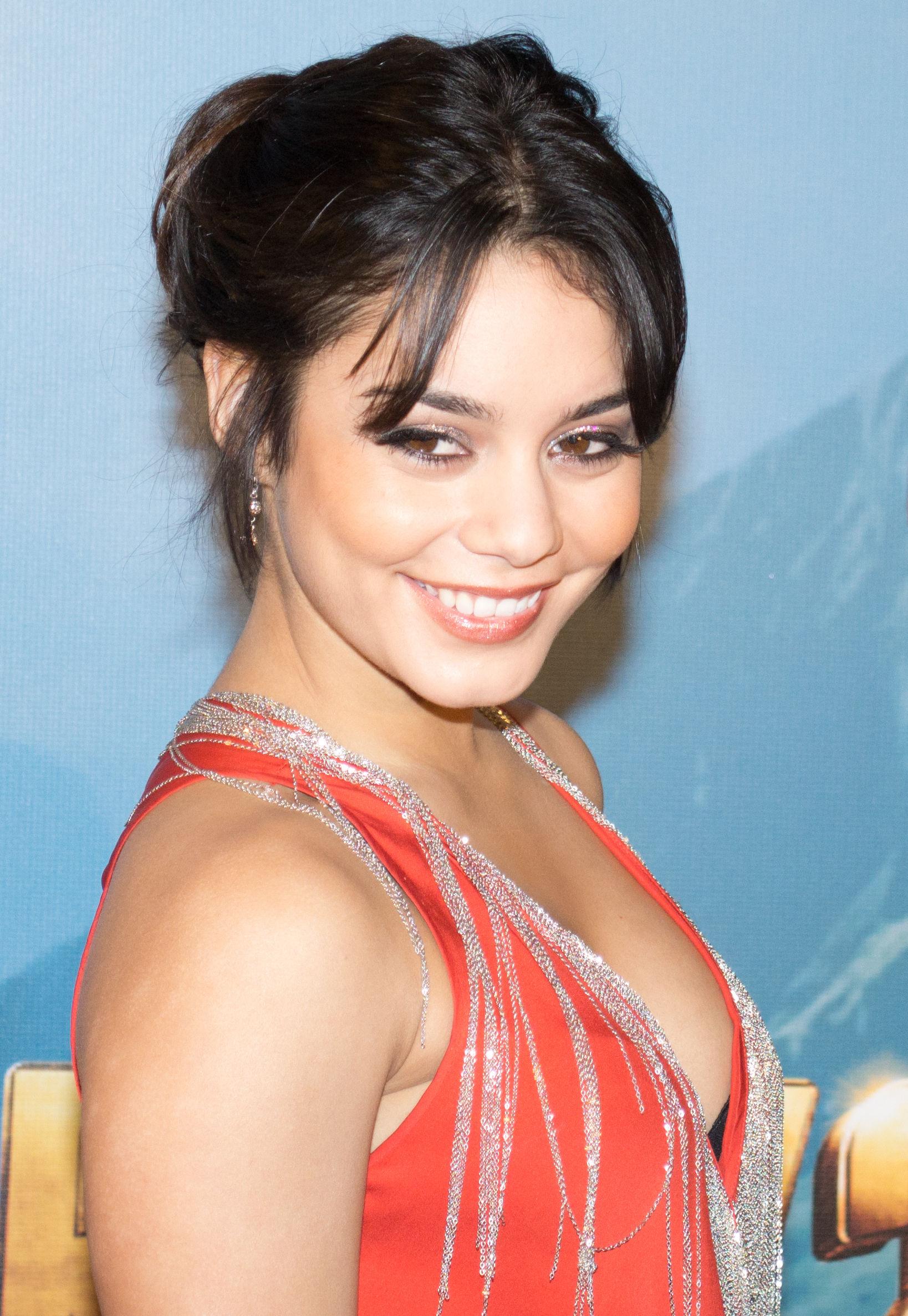 Photo of Vanessa Hudgens: Argentina actress
