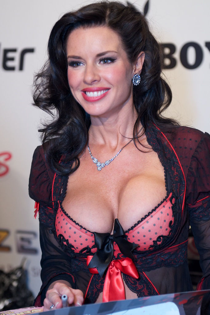 Photo of Veronica Avluv: American pornographic actress