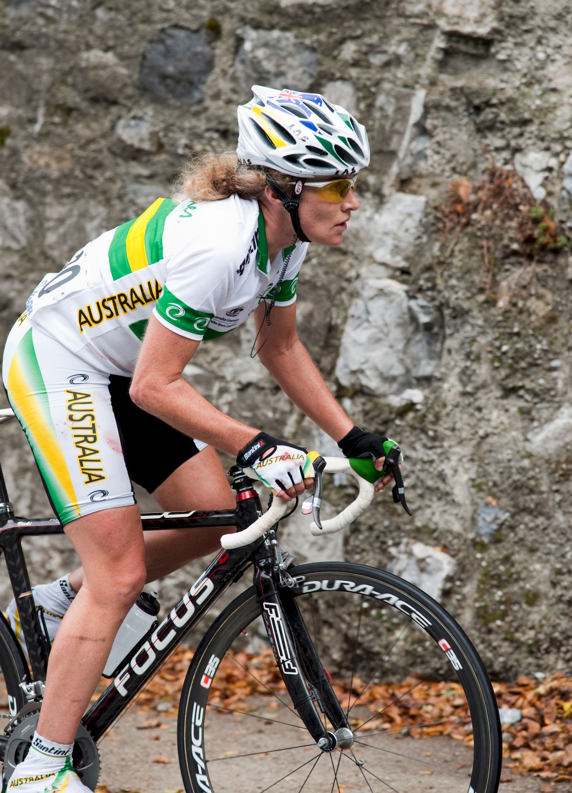 Photo of Vicki Whitelaw: Cyclist